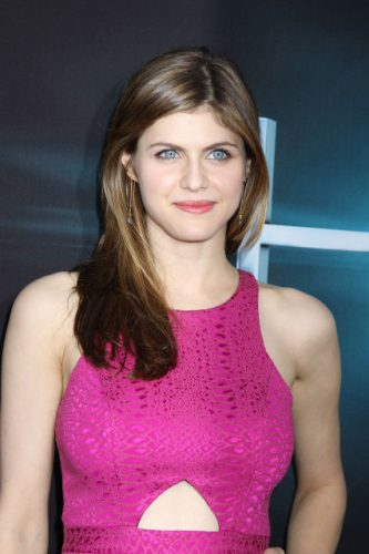Alexandra Daddario Measurements, Height, Weight, Bra Size, Age, Wiki