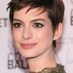 Anne Hathaway Measurements, Height, Weight, Bra Size, Age