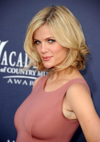 Brooklyn Decker Measurements, Height, Weight, Bra Size, Age
