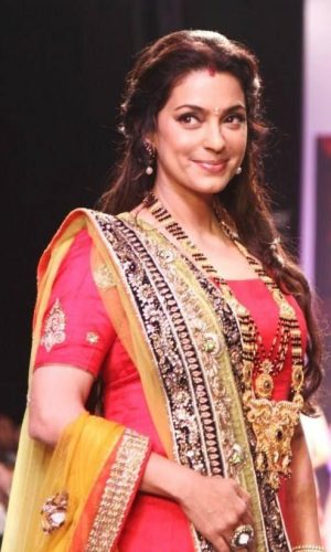 Juhi Chawla Measurements, Height, Weight, Bra Size, Age, Wiki