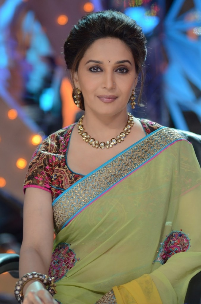 Madhuri Dixit Measurements, Height, Weight, Bra Size, Age, Wiki