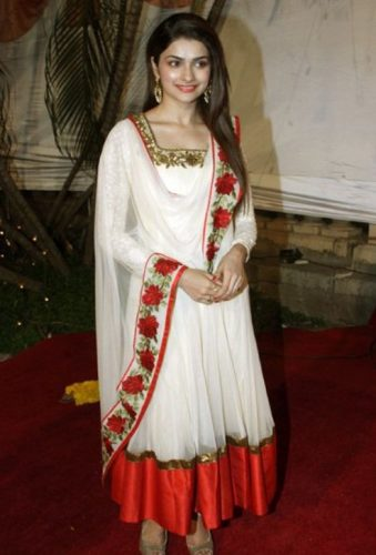 Prachi Desai Measurements, Height, Weight, Bra Size, Age, Wiki