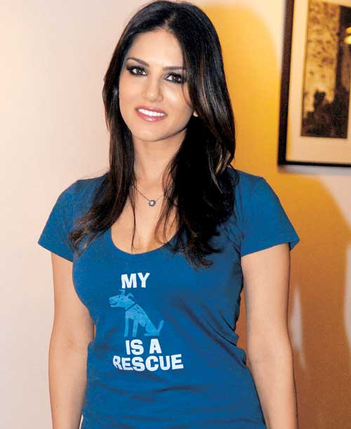 sunne milf personals Horny sunny leone anal sex is the only way out when you require rapid rehabilitation and your date with sunny leone dating hardsextube: milf ass fuck milf.
