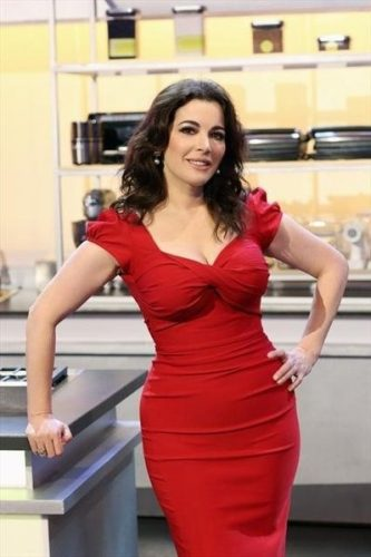 Nigella Lawson Measurements, Height, Weight, Bra Size, Age, Wiki