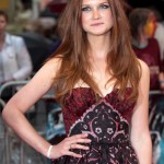Bonnie Wright Boyfriend, Age, Biography