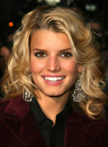 jessica simpson measurements height weight bra size age