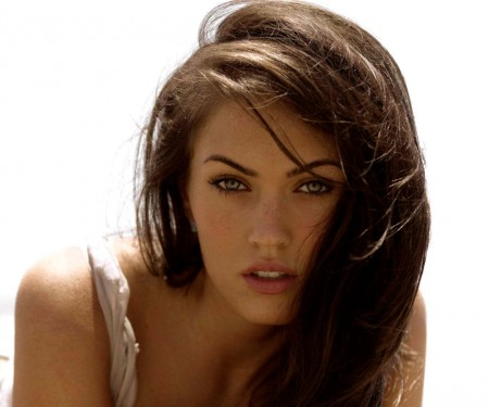 Megan Fox Bra Size, Wiki, Hot Images