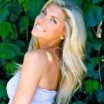 Melanie Collins Measurements, Height, Weight, Bra Size, Age