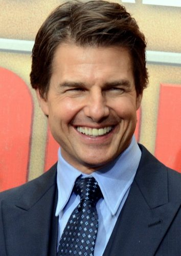 Tom Cruise girlfriend age biography