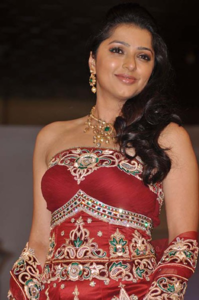 Bhumika Chawla height and weight 2014