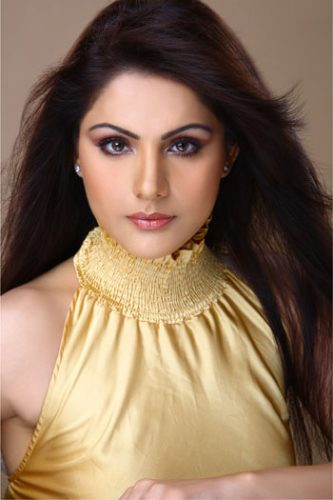 Simran Sachdeva height and weight 2014