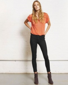 Shannan Click Measurements, Height, Weight, Bra Size, Age, Wiki