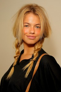 Hailey Clauson Bra Size, Wiki, Hot Images