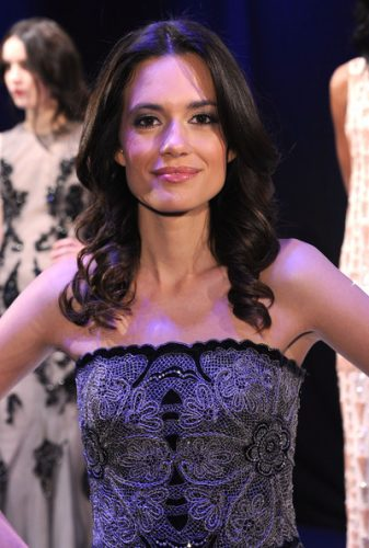 Torrey DeVitto Measurements, Height, Weight, Bra Size, Age, Wiki