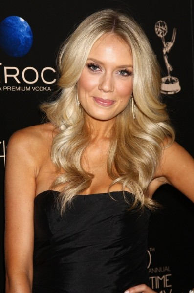 Melissa Ordway height and weight 2014