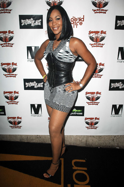 Chandra Davis height and weight 2014