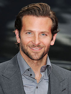 Bradley Cooper girlfriend age biography