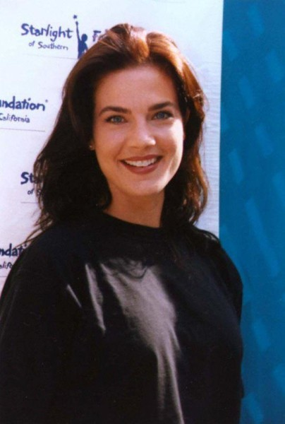 Terry Farrell height and weight 2014