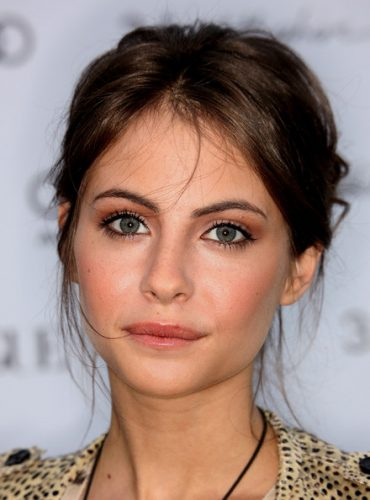 Willa Holland Bra Size, Wiki, Hot Images