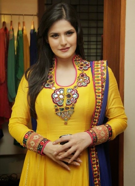 Zareen Khan Boyfriend, Age, Biography