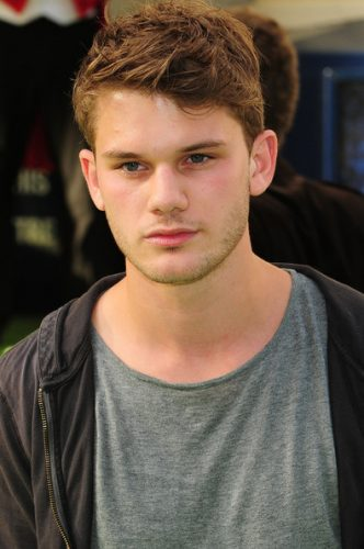 Jeremy Irvine upcoming films birthday date affairs