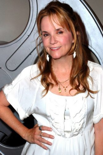 Lea Thompson Boyfriend, Age, Biography
