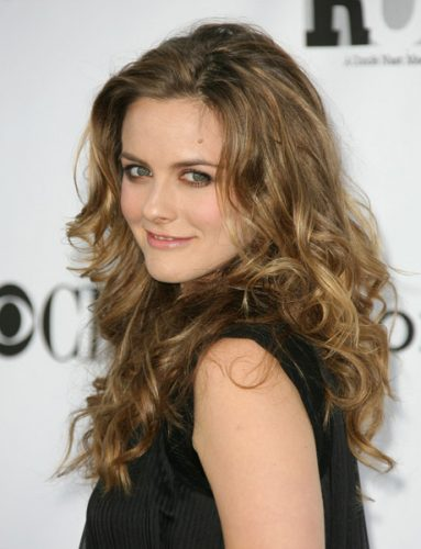 Alicia Silverstone Bra Size, Wiki, Hot Images
