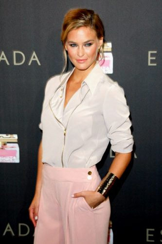 Bar Refaeli Bra Size, Wiki, Hot Images