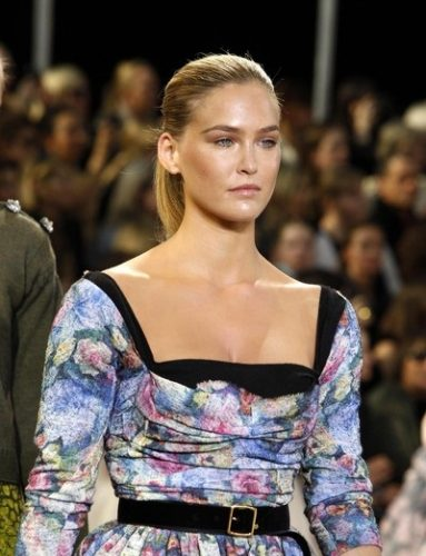 Bar Refaeli height and weight 2016