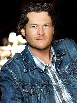 Blake Shelton Height, Weight, Age, Biceps Size, Body Stats