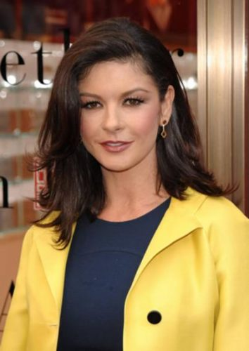 Catherine Zeta-Jones Measurements, Height, Weight, Bra Size, Age, Wiki