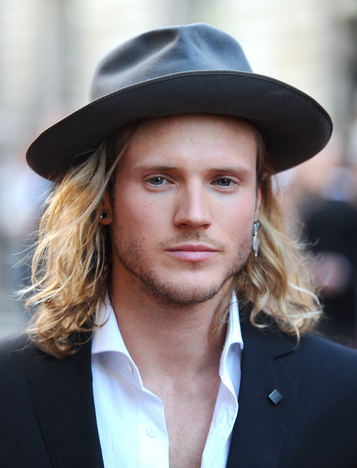 Dougie Poynter Height Weight Age Biceps Size Body Stats