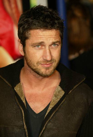 Gerard Butler Chest Biceps size