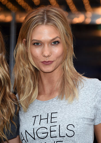 Karlie Kloss Upcoming films,Birthday date,Affairs