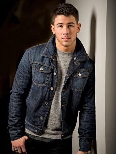 Nick Jonas Height, Weight, Age, Biceps Size, Body Stats