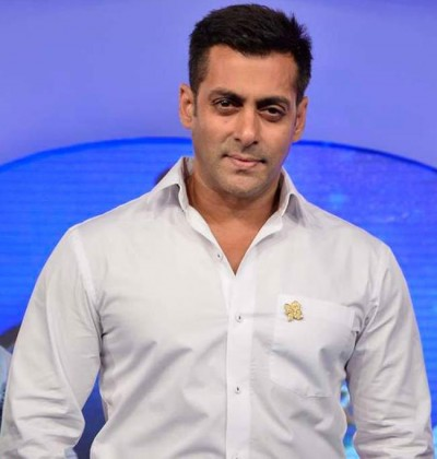 Salman Khan Height Weight Age Biceps Size Body Stats