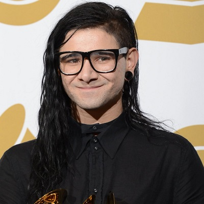 Skrillex Chest Biceps size