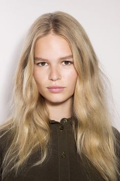 Anna Ewers Bra Size, Wiki, Hot Images