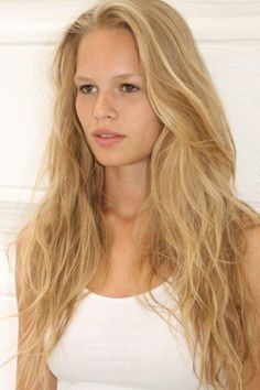 Anna Ewers Upcoming films,Birthday date,Affairs