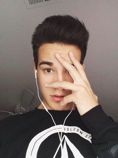 Jacob Whitesides girlfriend age biography