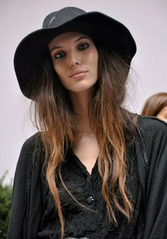 Ruby Aldridge Bra Size, Wiki, Hot Images