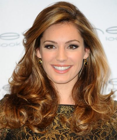 Kelly Brook Measurements, Height, Weight, Bra Size, Age, Wiki
