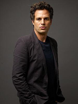 Mark Ruffalo Chest Biceps size