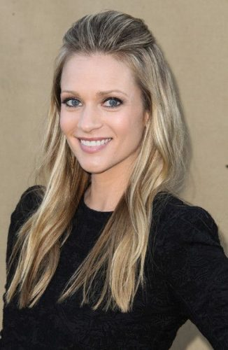 A. J. Cook Bra Size, Wiki, Hot Images