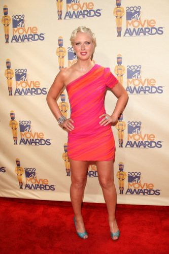 CariDee English height and weight