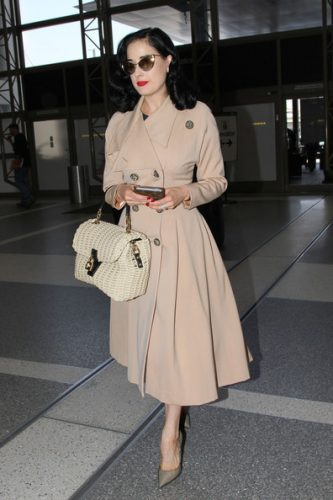 Dita Von Teese Measurements, Height, Weight, Bra Size, Age, Wiki