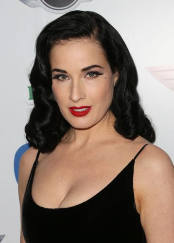 Dita Von Teese height and weight