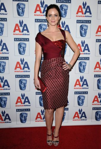 Emily Blunt height and weight 2016
