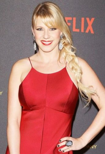 Jodie Sweetin Bra Size, Wiki, Hot Images