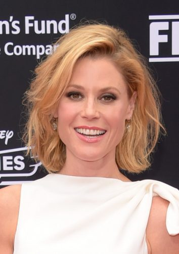 Julie Bowen Measurements, Height, Weight, Bra Size, Age, Wiki